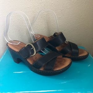 Born Brown Strappy Sandals Sz 7
